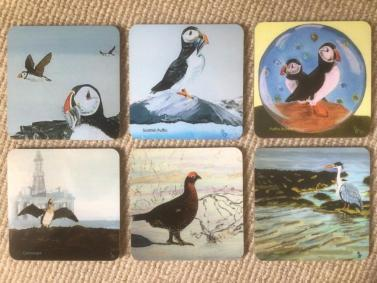 6 coasters with motifs of Scottish birds